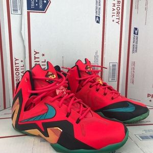 Nike Mens Lebron XI Shoes 642846-600 Size 10